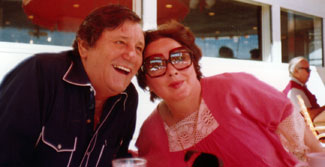 Kathryn Grayson & Peter Hurkos on Tour in Flordia - the music you hear is one of Kathryn's songs